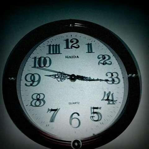 九点时钟简笔画